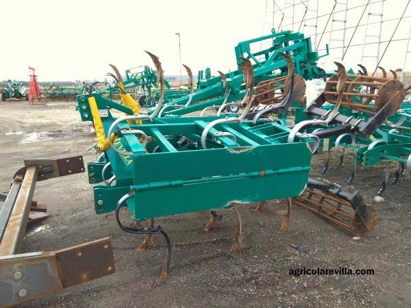 Maquinaria Agrícola Revilla fabricante de vibro cultivadores y cultivadores Chisel.