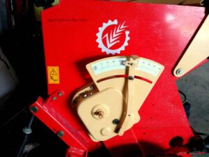 Sembradora usada suspendida de 3,5 m de trabajo marca Sola, modelo Trisem 194 3500/28 GC