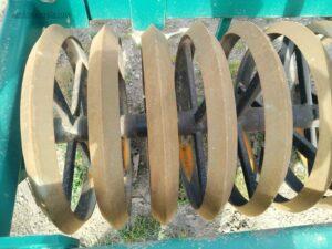 Rodillo frontal usado de 5,00 m. de trabajo similar al marca marvel, yudego, Llorente y segues
